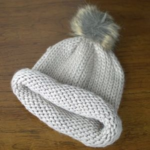 Forever 21 Faux Fur Knit Foldover Beanie NWOT